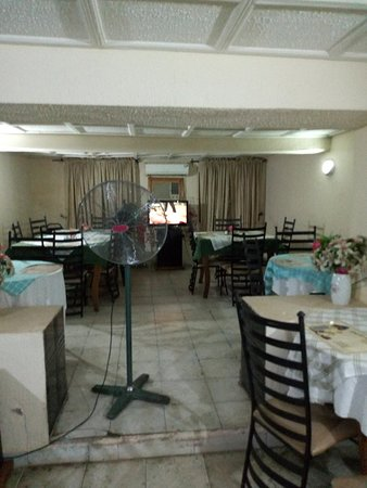 Nicholla hotel and suites: DINING