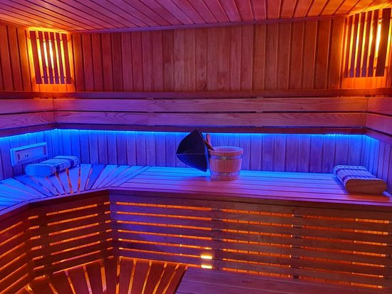 ‪Best Sauna Newark‬