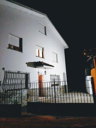 Casa Nina alquiler casa vacacional en Los Cabos, Pravia, playa y montaña a un paso