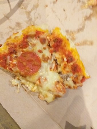 Kielder takeaway(throwaway) pizza
