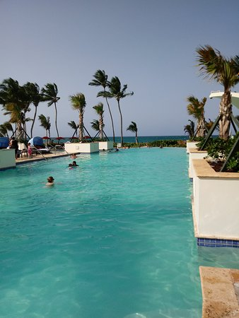 Caribe Hilton: There are so many pools, it's hard to choose which one to play in