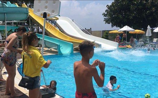 Hotel Grand Kaptan: Sofia to pool dance :-)