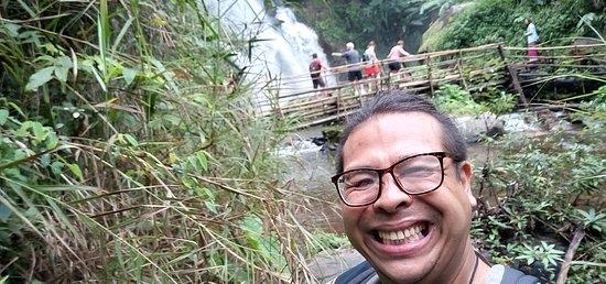 Veľký čierny kohút Selfie