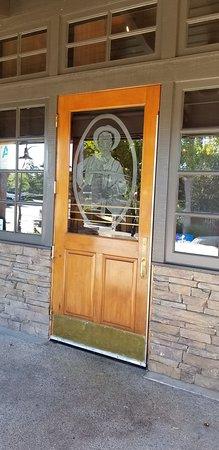 Convenient location off the Stevenson Ranch Rd. Exit
