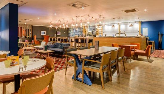 Holiday Inn Leeds Garforth: Restaurant