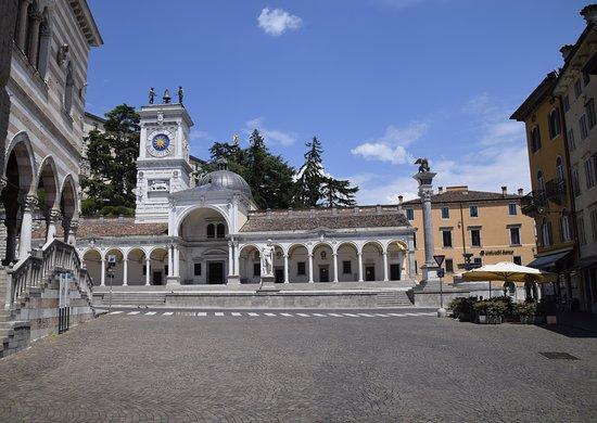 Fontana del Carrara