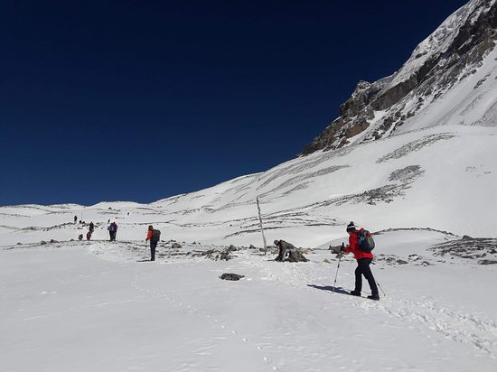 Swotah Travel and Adventure: on the way to Everest Base Camp