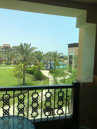 Saadiyat Rotana Resort & Villas: Facility view