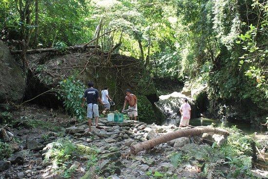 Boac, Filipinler: Friends and Relatives Bonding at Bahay-Igat Fall