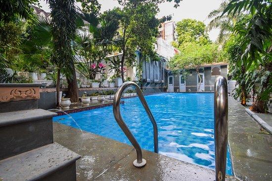 OYO 23380 Raj Palace, hôtels à Udaipur