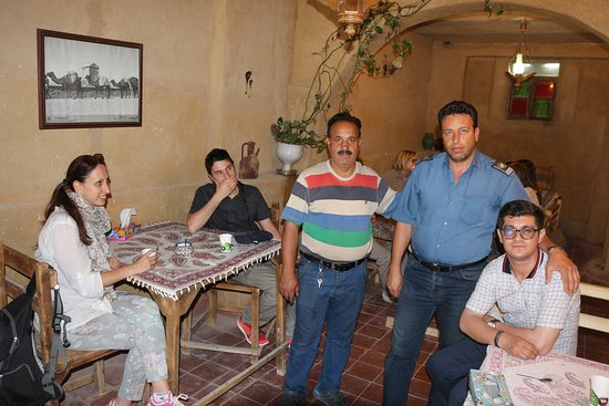 Hoobareh iranian restaurant: Tourists of different countries