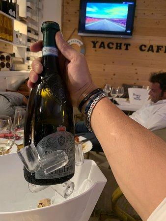 Yacht Cafè