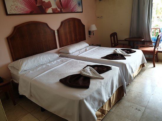 La chambre simple mais confortable et très propre