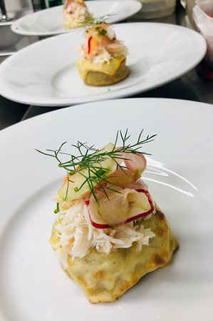 White Cornish crab with sourdough crumpet