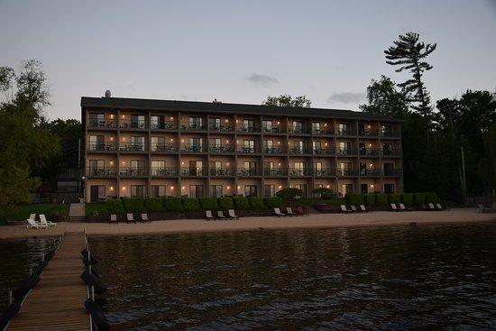 Beachfront Hotel Houghton Lake Michigan 99 1 1 2 Updated 2020 Prices Reviews Tripadvisor