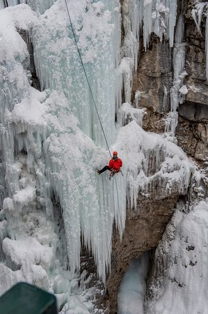 Johnston Canyon Icewalk: Climber.