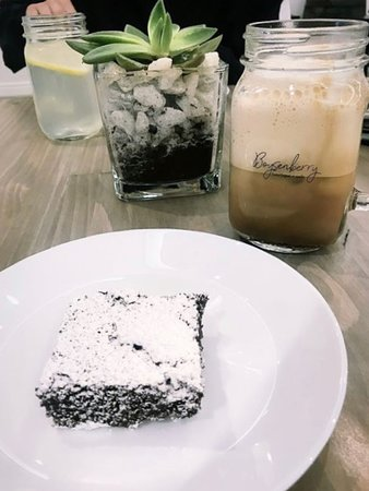 Boysenberry Boutique & Cafe