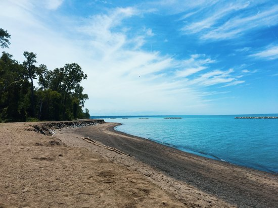 THE 10 CLOSEST Hotels to Presque Isle State Park - TripAdvisor