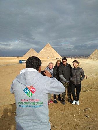Funny photos with Pyramids