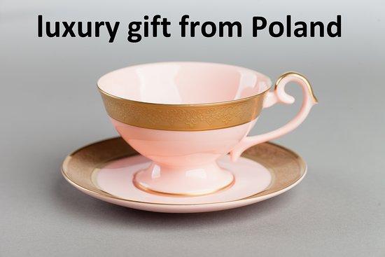 As Cmielow Porcelain