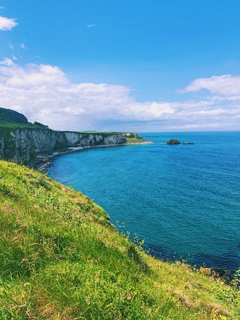 Giant's Causeway and Carrick-a-Rede Rope Bridge Day Trip from Dublin: Gorgeous views!