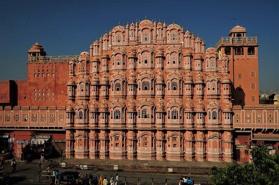 Il Palazzo dei Venti a Jaipur - Rajastan / India. Cliccare sulla foto per vederla così come scattata.