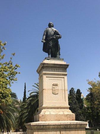 Monumento a Don Ramon Pignatelli