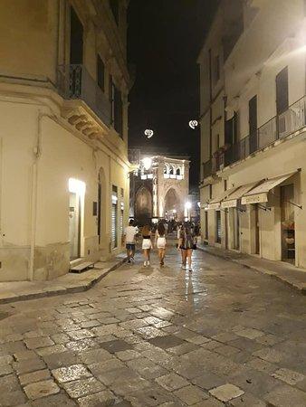 Via di Biccari 28/30. Nei pressi di piazza sant'Oronzo.