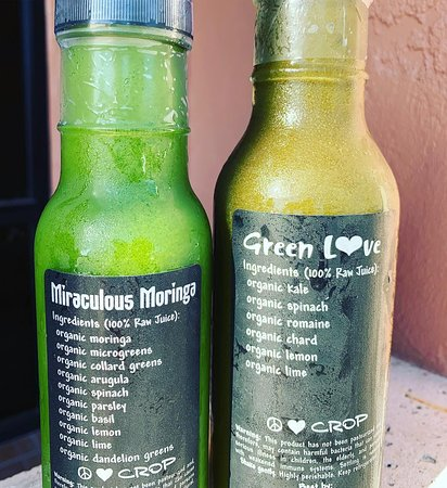 100% organic, leafy green juices Miraculous Moringa and Green L💚ve!