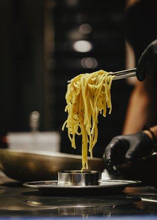 La Grazia, un genuino restaurante de cocina italiana contemporánea. - Sevilla