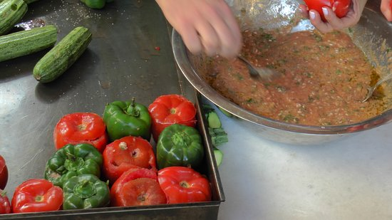 Megali Mantineia, Hellas: Who wishes to taste the famous delicious greek food, gemista (stuffed tomatoes and peppers)? Only in Art Farm Tour you will participate in a unique cooking lesson along with our local chef!!