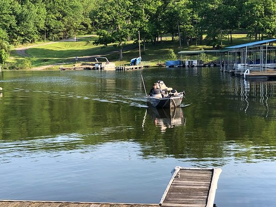 Creal Springs, IL: Coming home from fishing