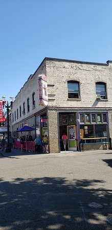 Voodoo Doughnut: The line was long but moved along