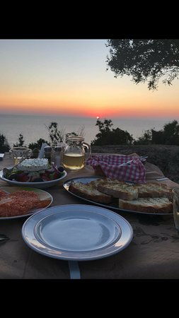 Kaminarata, กรีซ: Traditional dishes