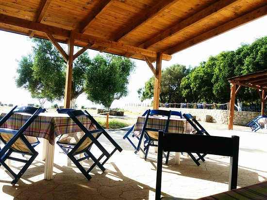 Kaminarata, กรีซ: A huge place to enjoy a great meal