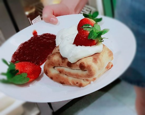 Handmade Dessert Pizza with locally produced raspberry sauce, simply delicious!