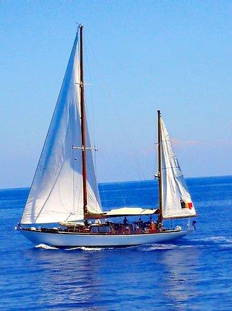 """Aeolian Islands, Italija: Un fantastico inizio di giornata a """"gonfie vele"""" 😉👍🏽"""