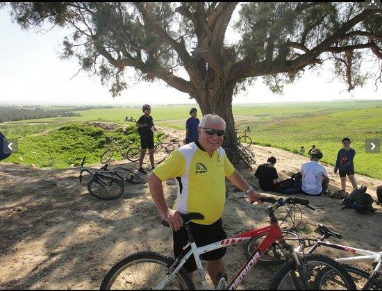 ניר דוד, ישראל: אופנים בנחל הקיבוצים