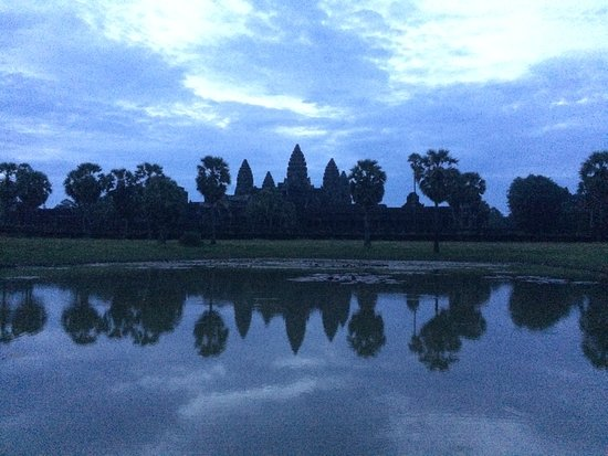 Ultimate Private Angkor Guide To Sunrise Angkor Wat, Bayon, TaProhm, Bantey Srei Photo