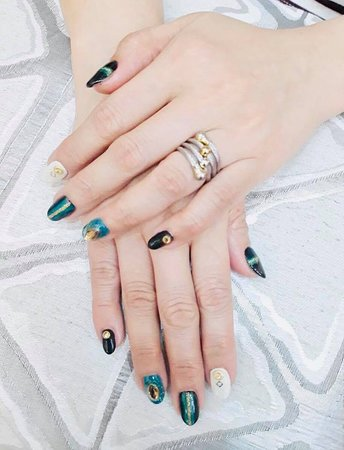 Nail art by Mich & Myl Nails