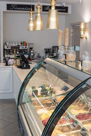 Neapolitano Gelato&Bakery.