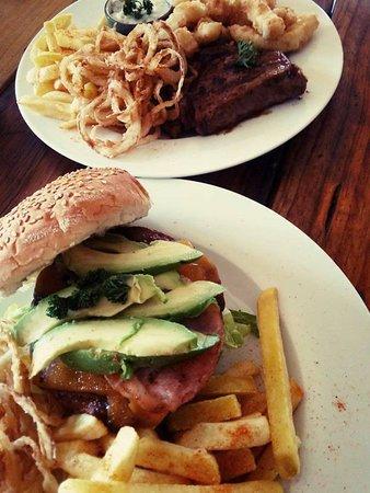 Prince Alfred Hamlet, แอฟริกาใต้: 100% Pure Beef Burgers