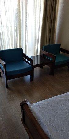 Alexandros Hotel: Hier wil je niet blijven! Zo smerig!