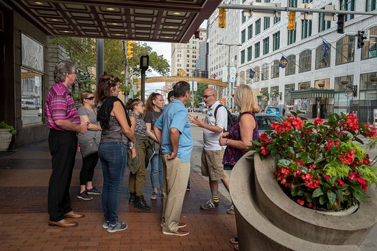 Tours of Cleveland, LLC: Strolling along Euclid Ave on our Downtown Highlights Walking Tour