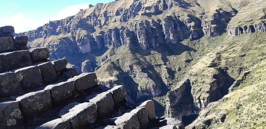 Cuscon alue, Peru: Wakrapukara 4.200 m.s.n.m.