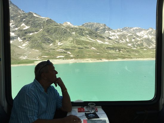 האלפים השוויצרים, שוויץ: Lakes Galore