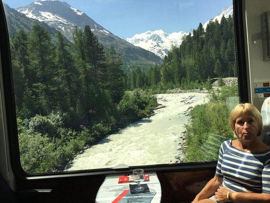 האלפים השוויצרים, שוויץ: Rivers too