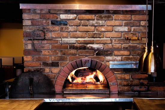Cornwall's only wood burning pizza oven
