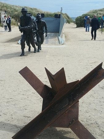 Dale Booth Normandy Tours: Utah Beach