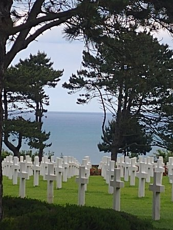 Dale Booth Normandy Tours: American cemetery above Omaha beach